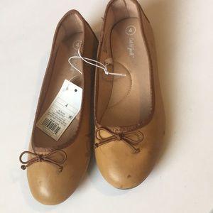 NWT Cat & Jack girls Ballet flat shoes sz 4